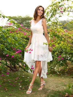 A-Line/Princess V-neck Lace Asymmetrical Lace Bridesmaid Dress