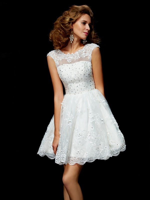 A-Line/Princess V-neck Short Sleeves Short Organza Cocktail Dress