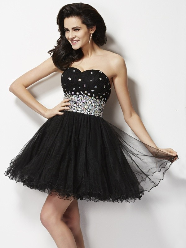 A-Line/Princess Sweetheart Sequins Short Elastic Woven Satin Cocktail Dress