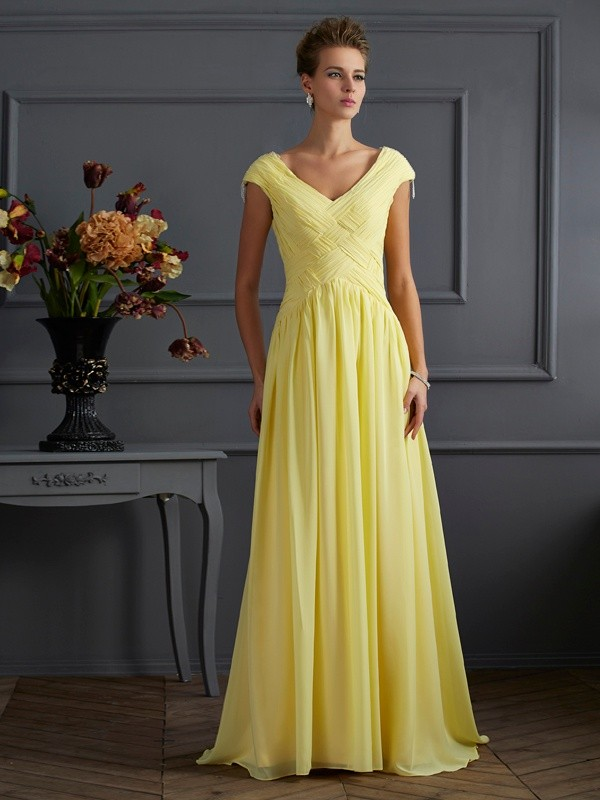 A-Line/Princess V-neck Short Sleeves Long Chiffon Dress