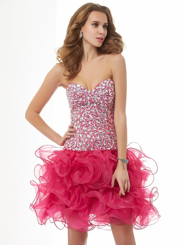 Sheath/Column Sweetheart Short Organza Cocktail Dress