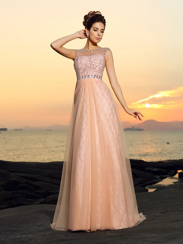 A-Line/Princess Bateau Lace Long Chiffon Dress