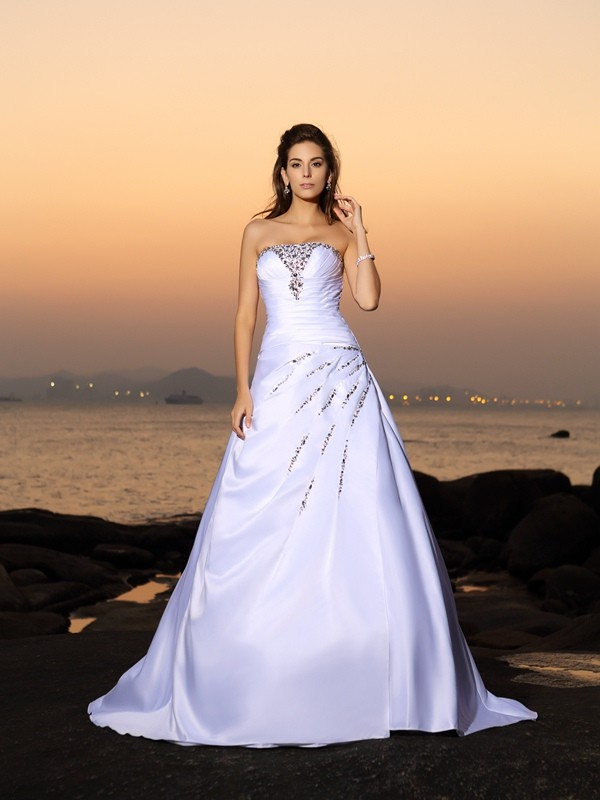 A-Line/Princess Strapless Long Satin Beach Wedding Dress