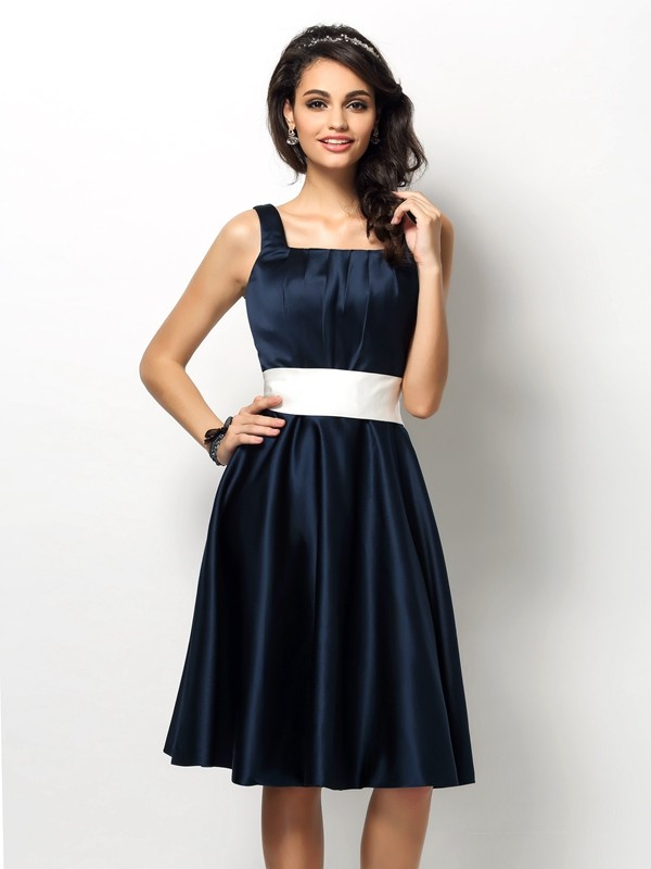 Sheath/Column Square Short Satin Bridesmaid Dress