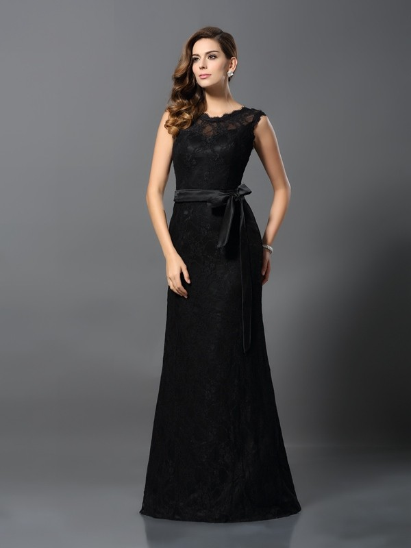 Sheath/Column Scoop Lace Long Satin Dress