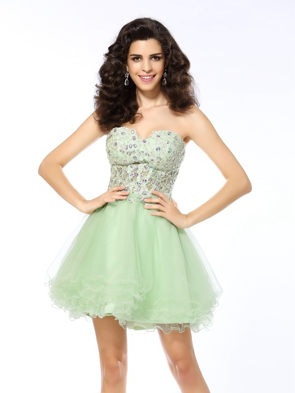 A-Line/Princess Sweetheart Short Satin Cocktail Dress