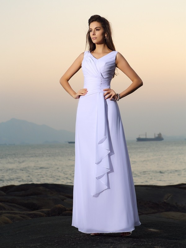 A-Line/Princess V-neck Long Chiffon Beach Wedding Dress