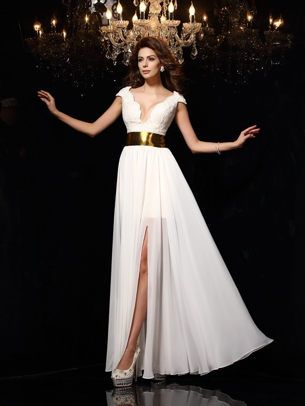 A-Line/Princess V-neck Lace Long Chiffon Dress