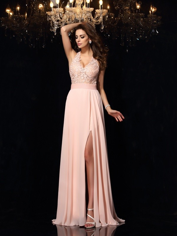 A-Line/Princess Halter Lace Long Chiffon Dress