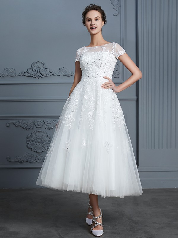 A-Line/Princess Scoop Short Sleeves Tea-Length Tulle Wedding Dress