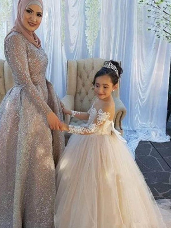 Ball Gown Long Sleeves Off-the-Shoulder Long Tulle Flower Girl Dress
