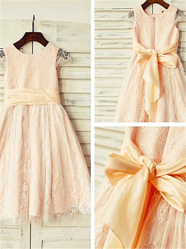 A-Line/Princess Scoop Short Sleeves Tea-length Lace Flower Girl Dress
