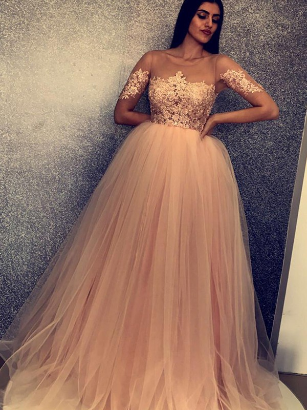 Ball Gown Short Sleeves Scoop Long Tulle Dress