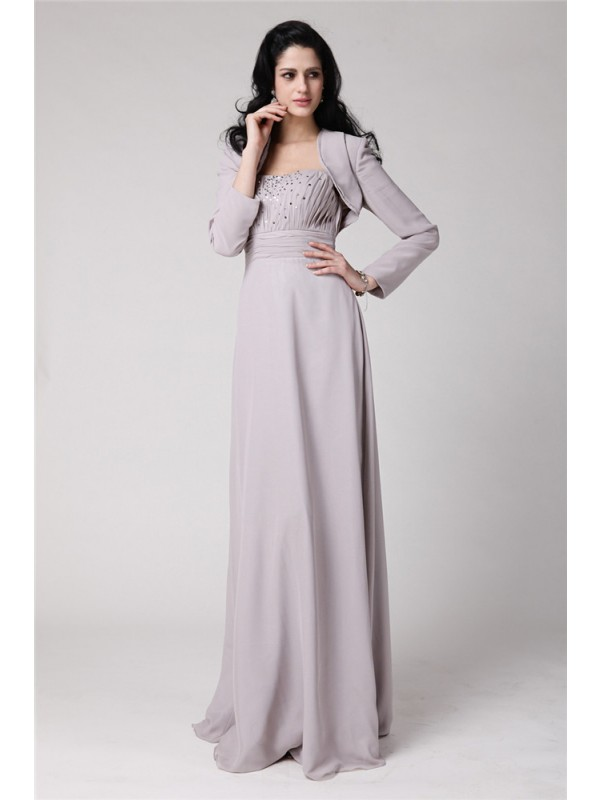 Sheath/Column Strapless Chiffon Mother of the Bride Dress