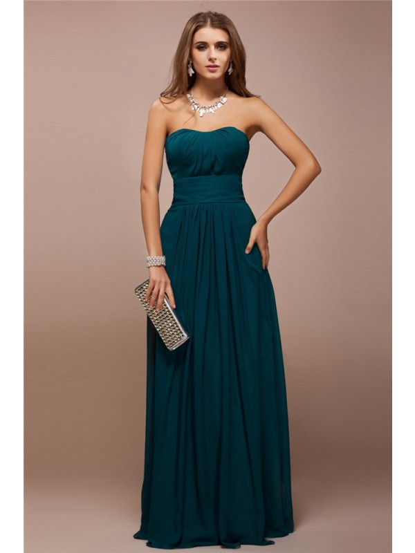 Sheath/Column Sweetheart Long Bridesmaid Dress