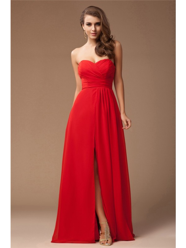 Sheath/Column Sweetheart Long Chiffon Bridesmaid Dress