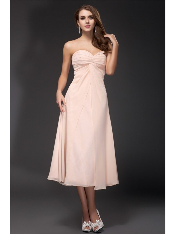 Sheath/Column Sweetheart Tea Length Chiffon Bridesmaid Dress