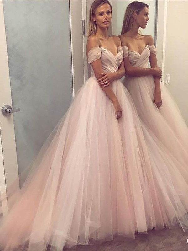 A-Line/Princess Off-the-Shoulder Tulle Long Dress