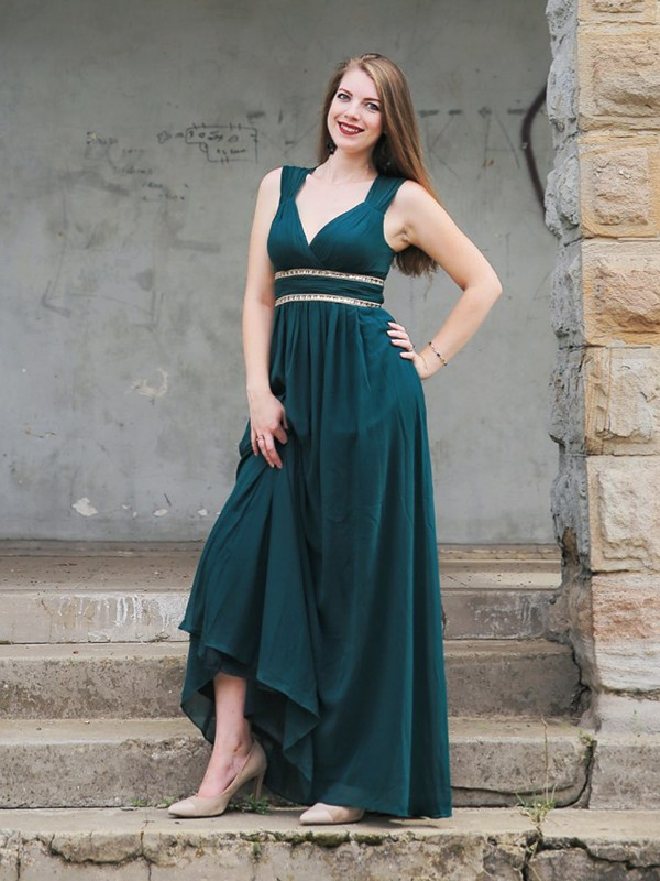 Empire V-neck Long Chiffon Dress