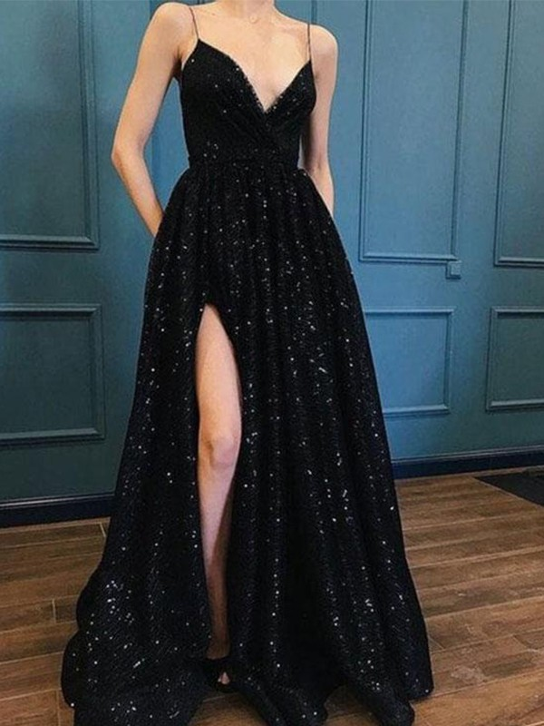 A-Line/Princess Spaghetti Straps V-neck Long Dress