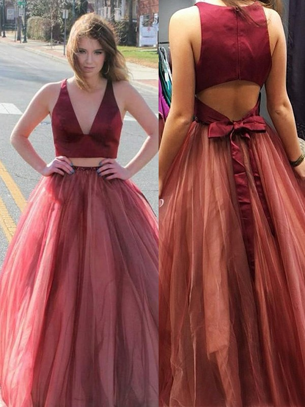A-Line/Princess V-neck Long Tulle Two piece Dress