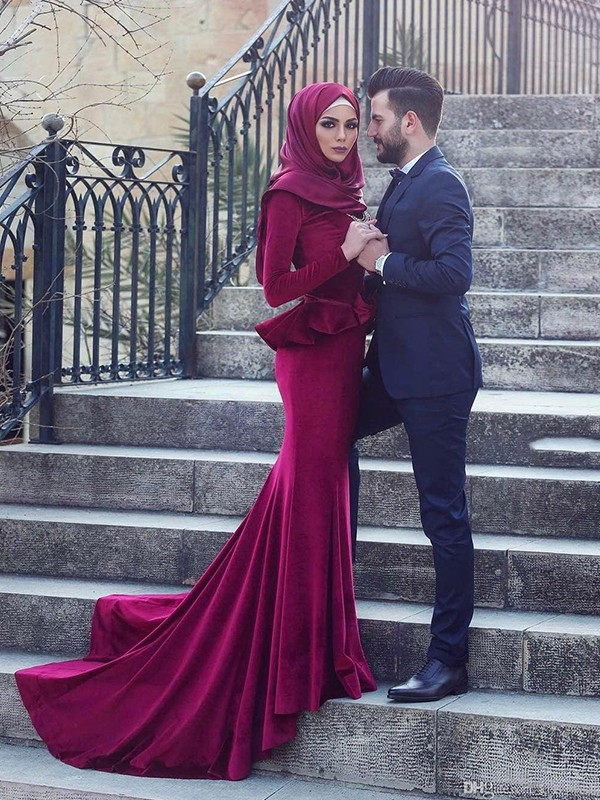 Mermaid Long Sleeves Scoop Long Muslim Dress
