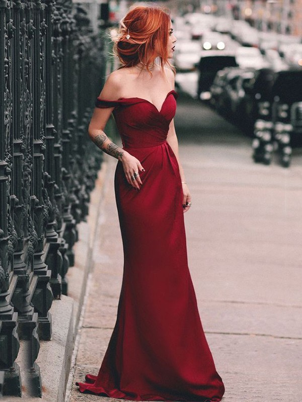 Sheath/Column Off-the-Shoulder Long Satin Dress