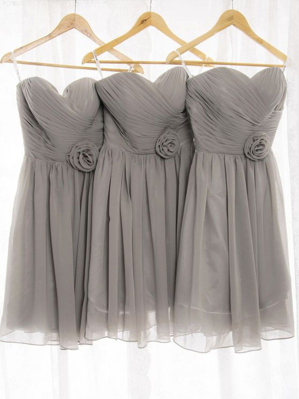 A-Line/Princess Sweetheart Chiffon Short Bridesmaid Dress
