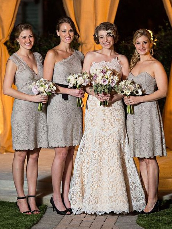 Sheath/Column Lace Long Bridesmaid Dress