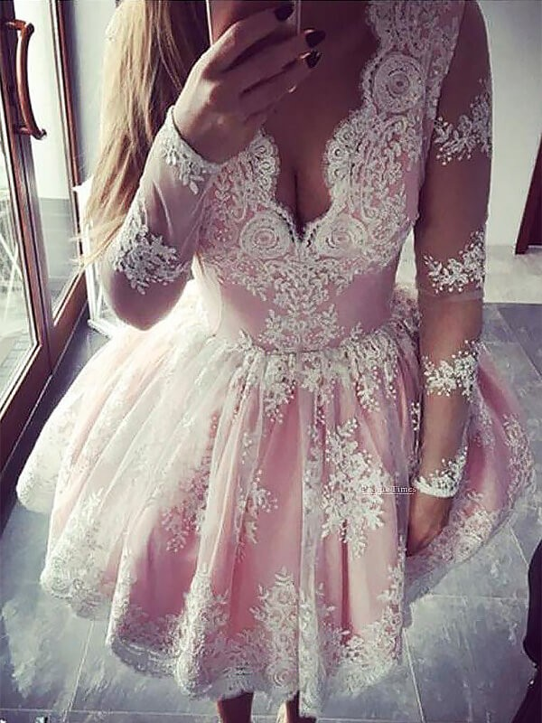A-Line/Princess V-neck Long Sleeves Lace Short Dress