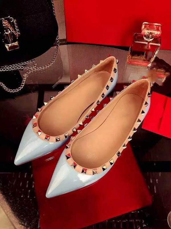 New Flat Leather Closed Toe Rivet Party Casual Flat Shoes
