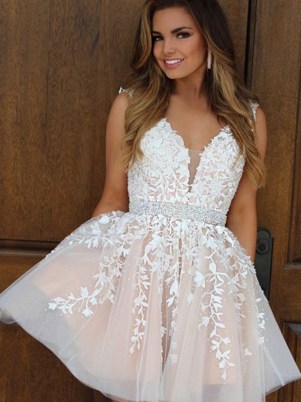 A-Line/Princess V-neck Tulle Short Dress
