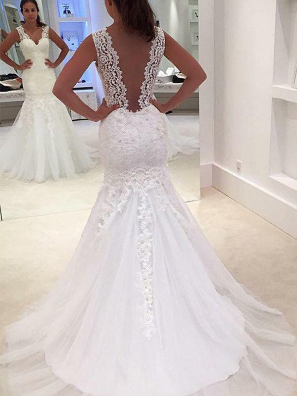 Mermaid Long V-neck Lace Wedding Dress