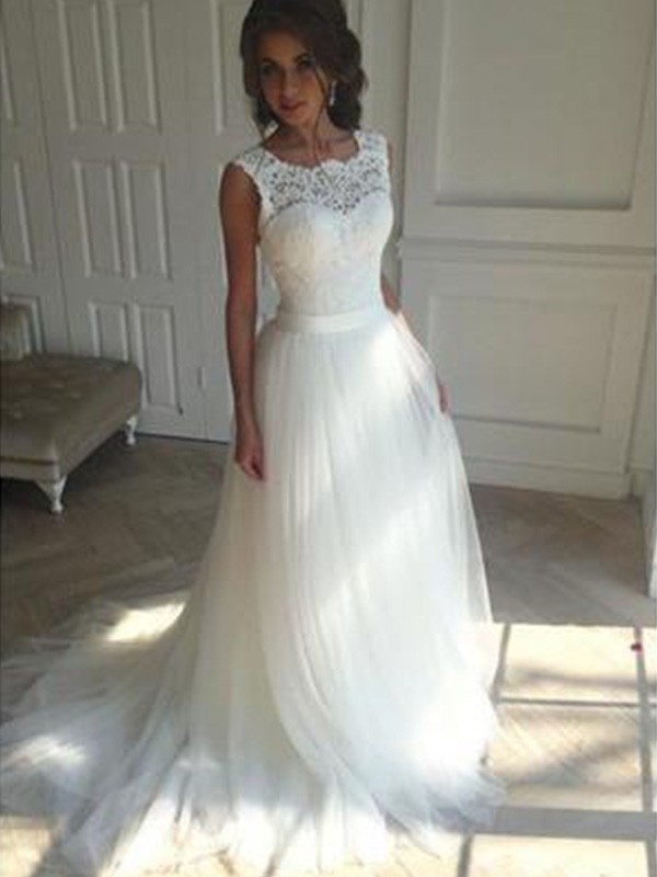 A-Line/Princess Square Long Tulle Wedding Dress