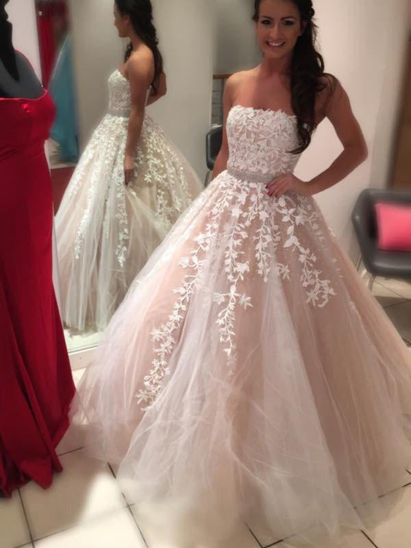 Ball Gown Strapless Long Tulle Wedding Dress