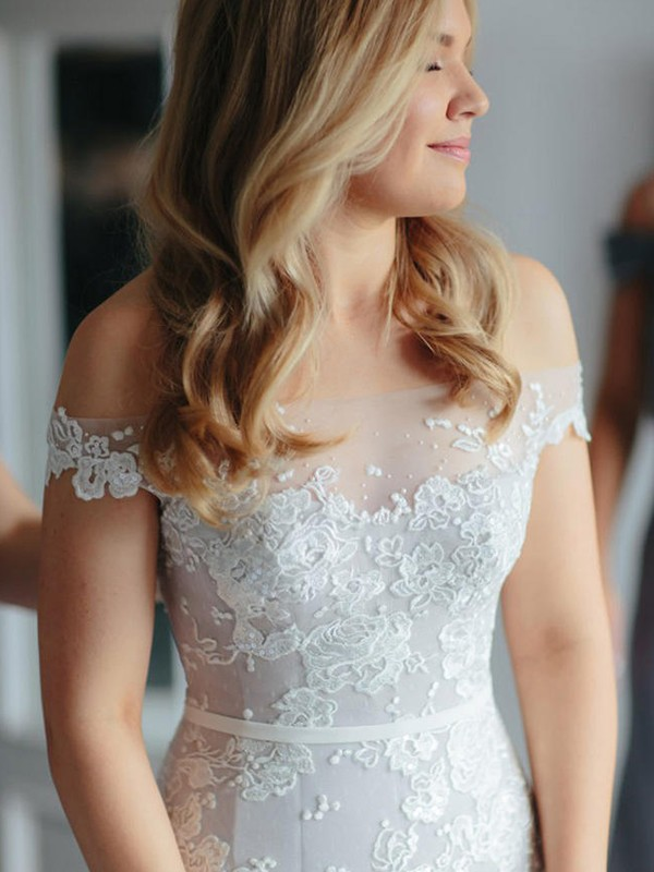 Mermaid Tulle Off-the-Shoulder Long Wedding Dress