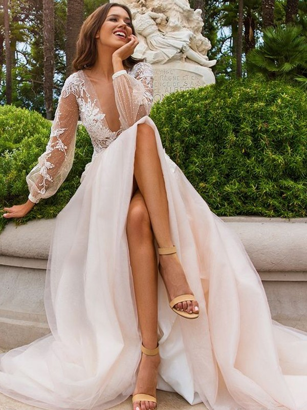 A-Line/Princess Long Sleeves Tulle V-neck Long Wedding Dress