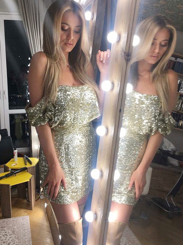 Sheath/Column Off-the-Shoulder Sequins Short Dress