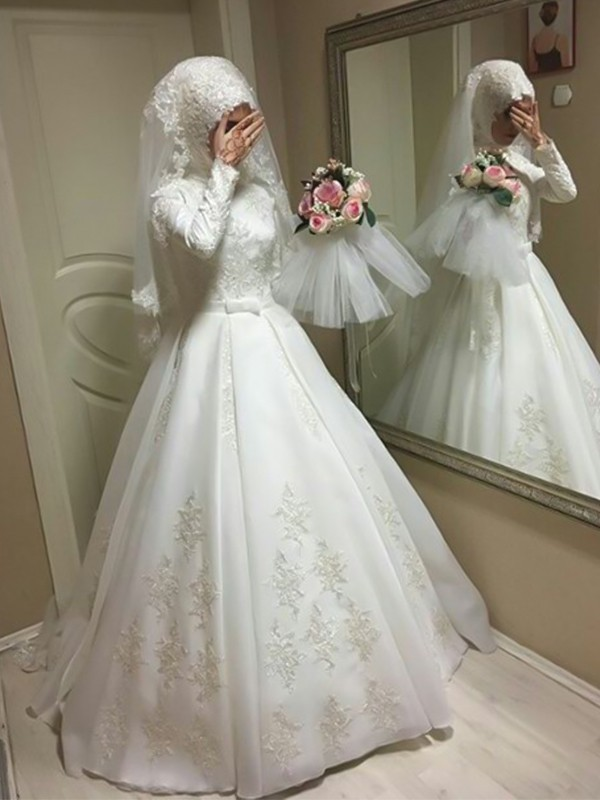 Ball Gown Jewel Long Sleeves Long Tulle Wedding Dress