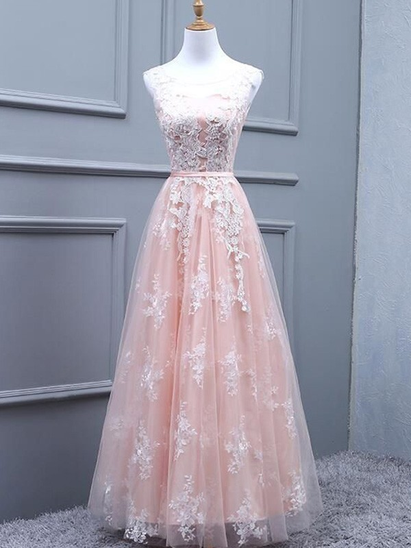 A-Line Tulle Scoop Floor-Length Applique Dresses