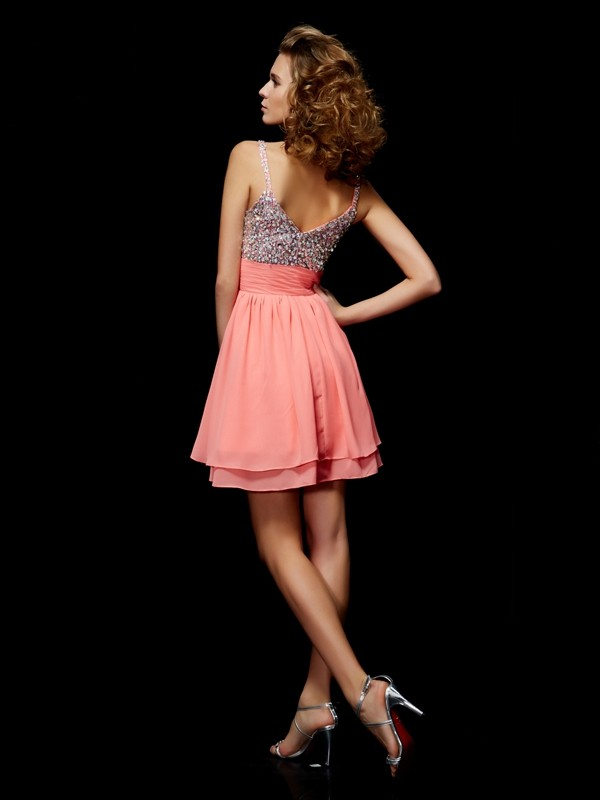 A-Line/Princess V-neck Short Chiffon Cocktail Dress