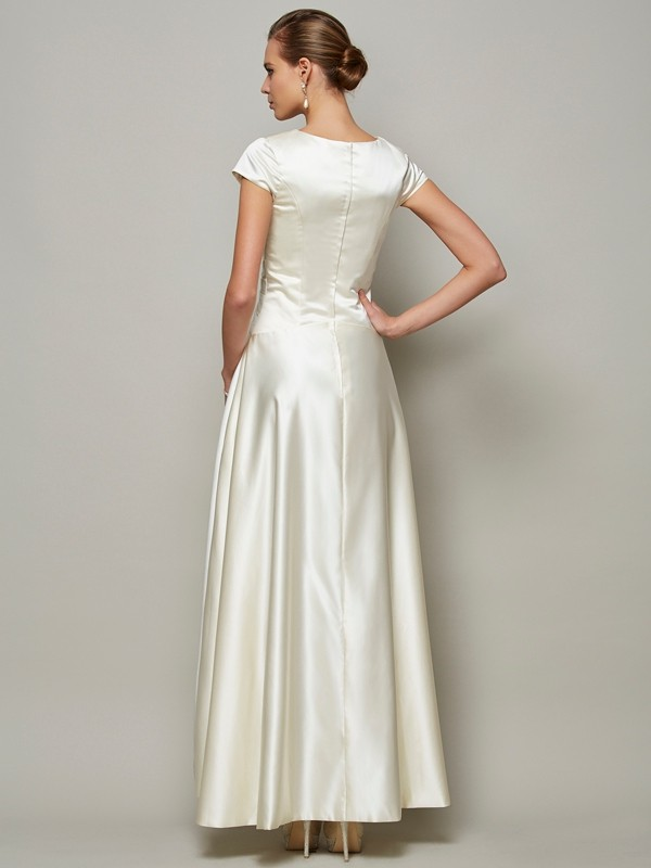 A-Line/Princess Scoop Short Sleeves Long Satin Mother of the Bride Dress