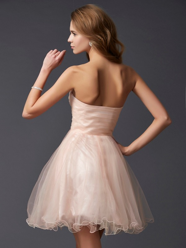 A-Line/Princess Sweetheart Short Silk like Satin Cocktail Dress