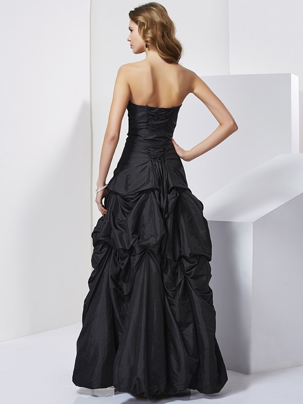 Sheath/Column Strapless Long Taffeta Dress