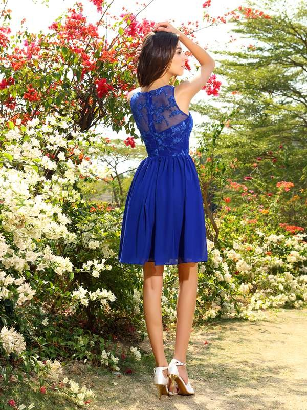 A-Line/Princess Bateau Short Chiffon Bridesmaid Dress
