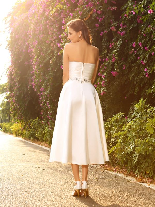 A-Line/Princess Sweetheart Short Satin Wedding Dress