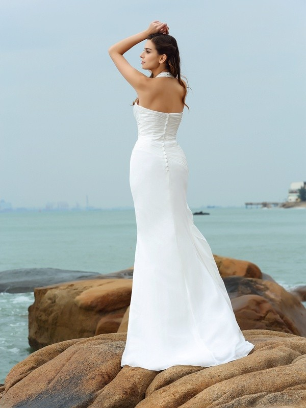 Sheath/Column Halter Long Chiffon Beach Wedding Dress