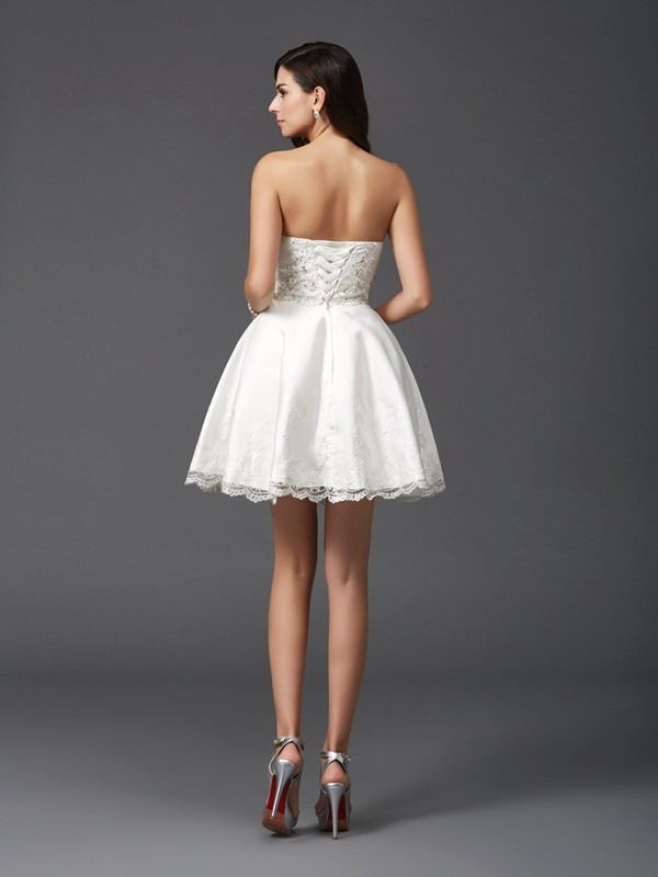 A-Line/Princess Sweetheart Short Satin Dress