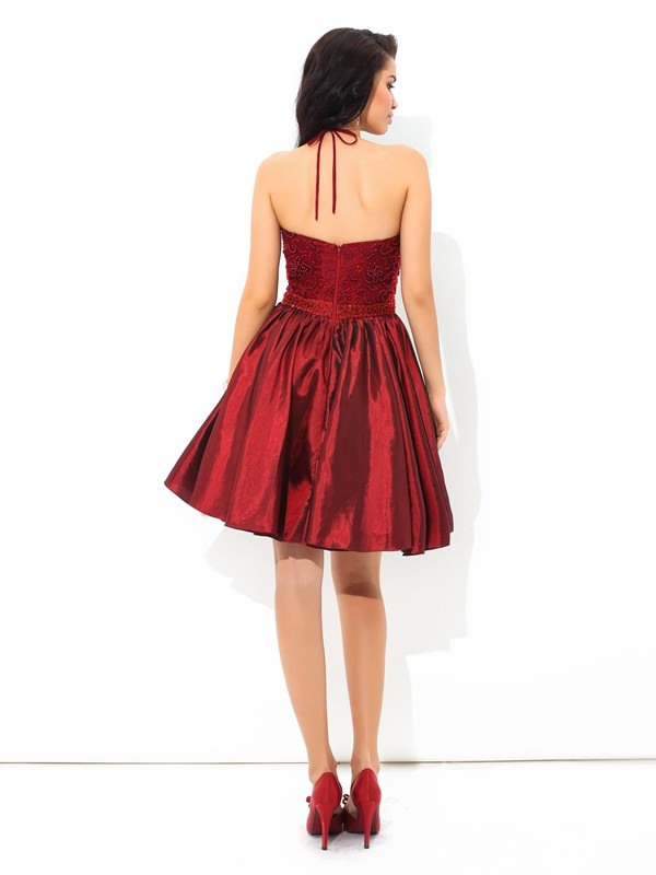 A-Line/Princess Halter Short Taffeta Cocktail Dress