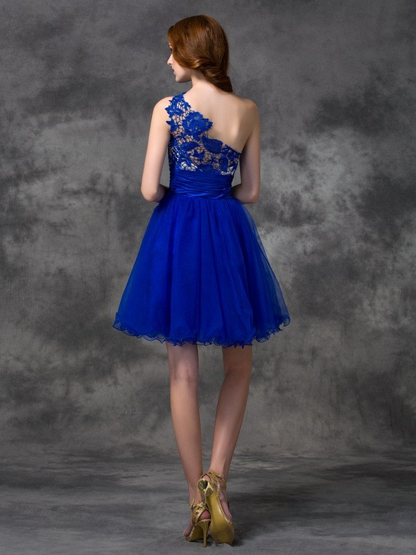 A-Line/Princess One-Shoulder Lace Short Satin Dress